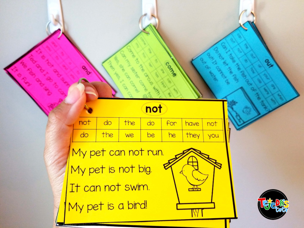 Sight Word Fluency Flashcards are a great way to warm up for guided reading. Students take the color-coded set they are working on and practice reading them fluently while waiting for our guided reading lesson to start! #tejedastots #sightwords #guidedreadingwarmup