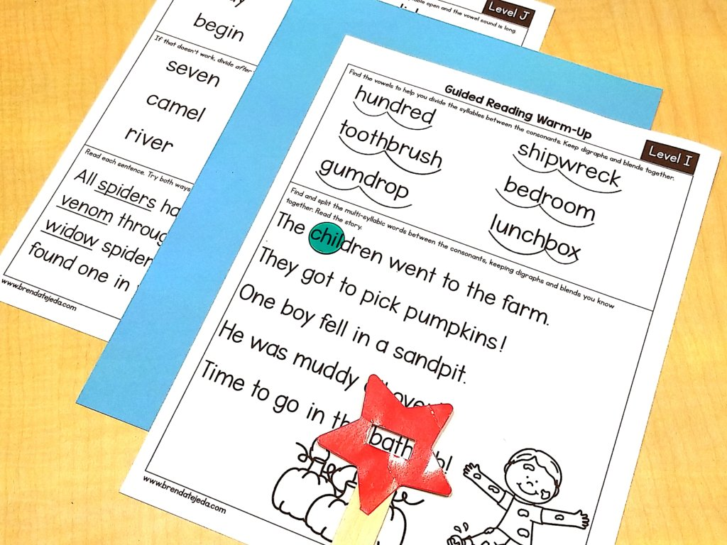 Marking up syllables is a great way to identify syllable types. Knowing how to identify and divide syllable types can help students decode multi-syllabic words! Read about six syllable types and tricks for syllable division and decoding. These phonics strategies will help your first graders when they encounter a big word. Dividing syllables can be very tricky for kids in first grade.