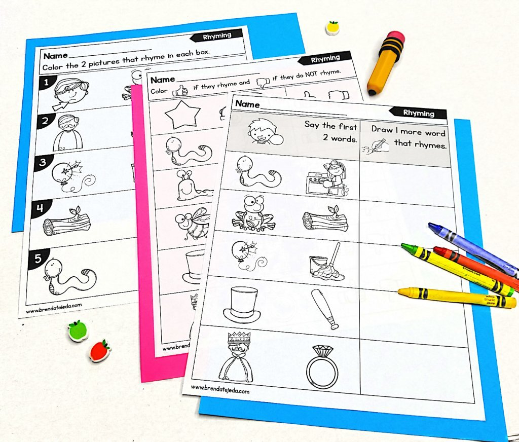 These practice pages are a fun way for students in kindergarten and first grade to practice phonemic and phonological awareness independently. Read this post for 6 important things to know about phonemic awareness!